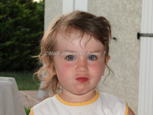 Rhoo ses yeux (mais c'est quoi cette coiffure ?!)